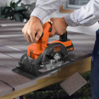 Black & Decker 20 Volt MAX Lithium-Ion 5-1/2 In. Cordless Circular Saw Kit Image 2