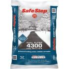 Safe Step Dual Blend 4300 50 Lb. Ice Melt Pellets Image 1